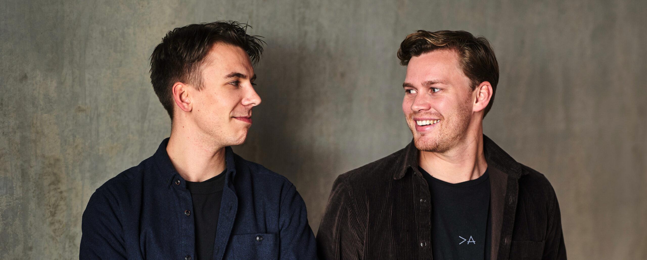 Slidedrain er en ung oppstartsbedrift med utskudd fra NTNUs Entreprenørskole. Stian Bongard er daglig leder og Henning Patricksson er produktansvarlig